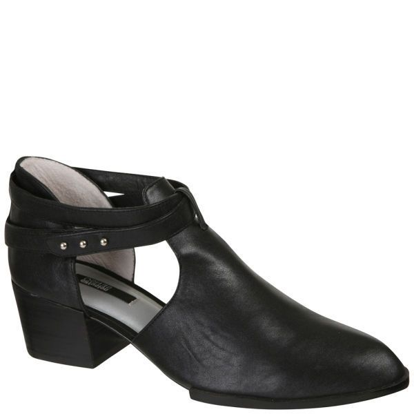 Instant off-duty model chic with these Qimat heels: http://www.allsole.com/footwear/senso-women-s-qimat-heeled-ankle-boots-black/10661461.html?affil=thgsocial