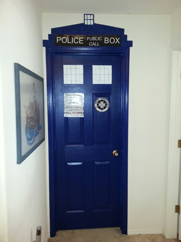 tardis bedroom door best 25 tardis door ideas on doctor who 13435