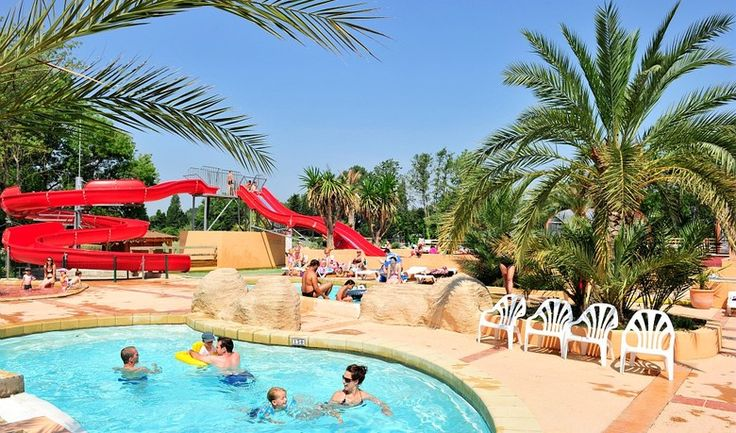 2016 Camping Holiday Offers: La Chapelle, Argeles-sur-Mer, has a reevoo rating of 8.6. Located on the French Mediterranean coast near the Spanish border, with 10% OFF 7 night holidays in August 2016 and 20% OFF stays of 17 nights or more (if booked by April 4th, 2016 with Al Fresco Holidays), it's one of the most requested Al Fresco 2016 destinations.