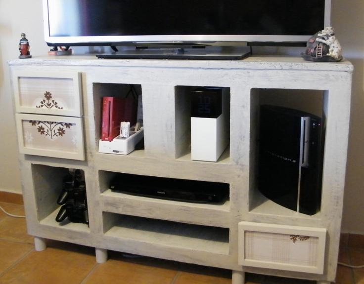 meuble tv en carton meuble carton pinterest tvs. Black Bedroom Furniture Sets. Home Design Ideas