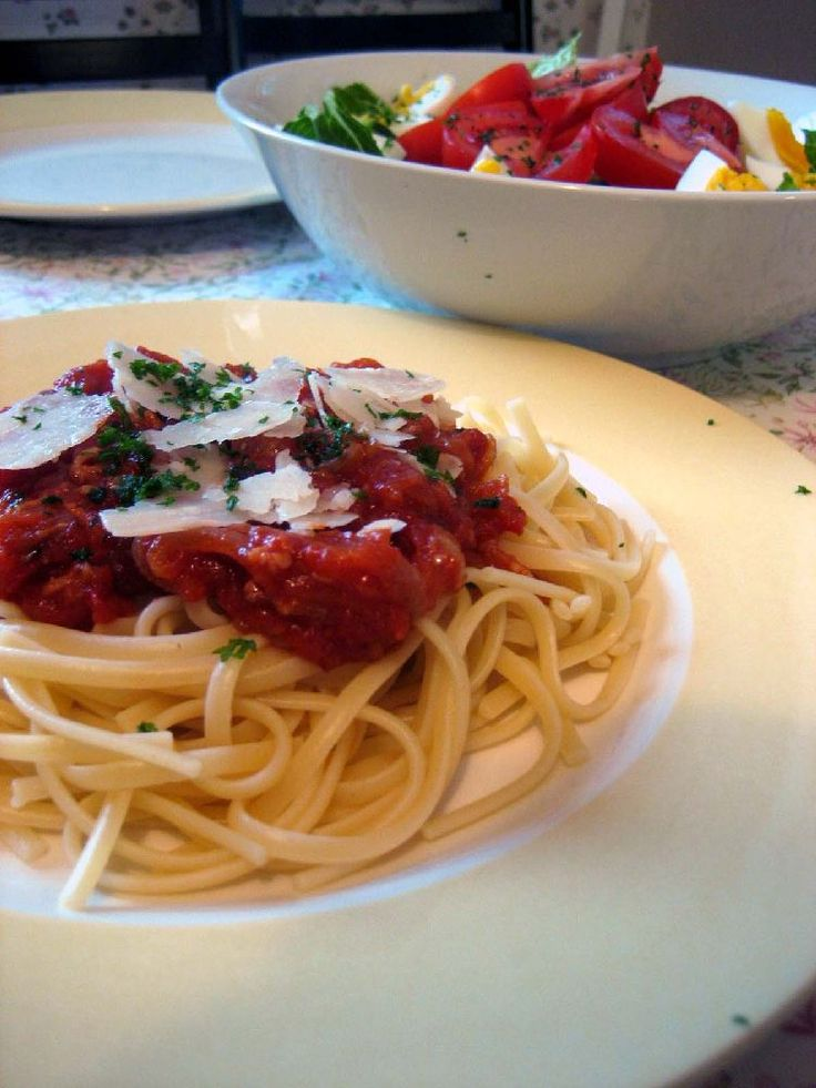 Amatriciana; Slightly spicy tomato and bacon pasta dish - utterly irresistible