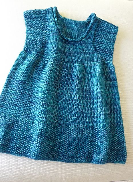 Simple Knit Dress Pattern : 17 Best ideas about Knit Baby Dress on Pinterest Knitted baby clothes, Knit...