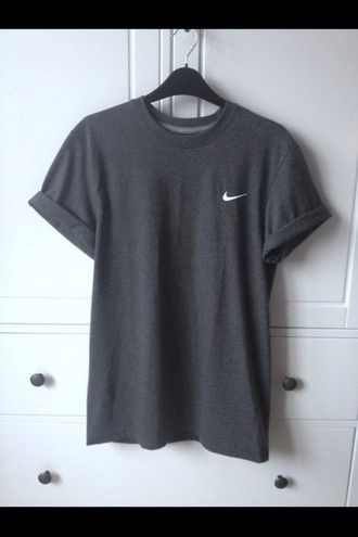shirt grey nike top clothes oversized t-shirt t-shirt adidas black loose tory burch t-shirt dress streetwear nike sportswear grey nike shirt hemlines nike black nike shirt just do it grey t-shirt white classy sportswear workout running fashion bag nike sweater nike grey oversized nike t-shirt casual comfy gray shirt cute