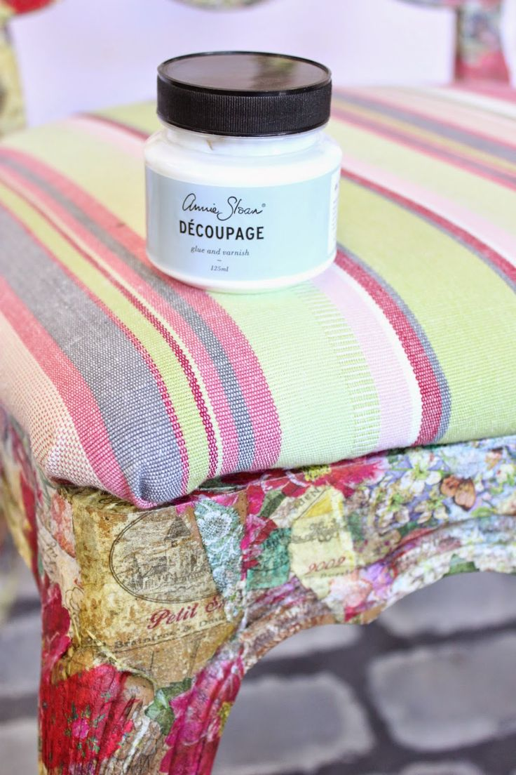 Maison Decor: Decoupaged Furniture with Cocktail Napkins