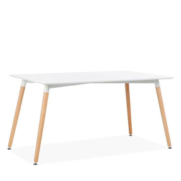 Superficie in MDF color bianco opaco.     Gambe in legno naturale di faggio.     Stile nordico.  Tavolo in legno di colore bianco di 140x90 cm in stile nordico. Perfetto per saloni o sale da pranzo.