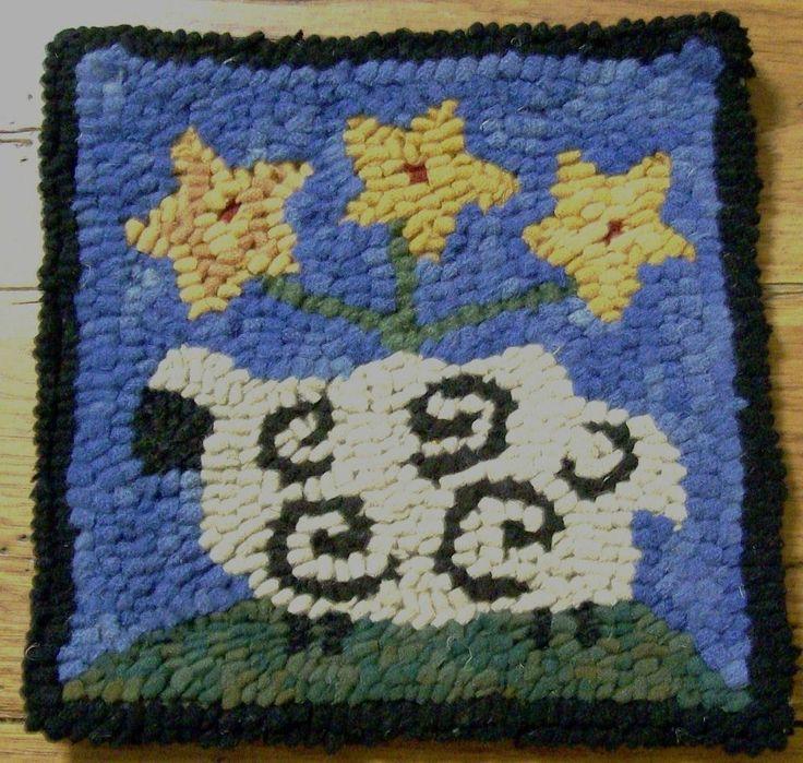 Beginner SHEEP WITH STAR POSIES  Rug Hooking Kit & Hook & Cut Wool Strips