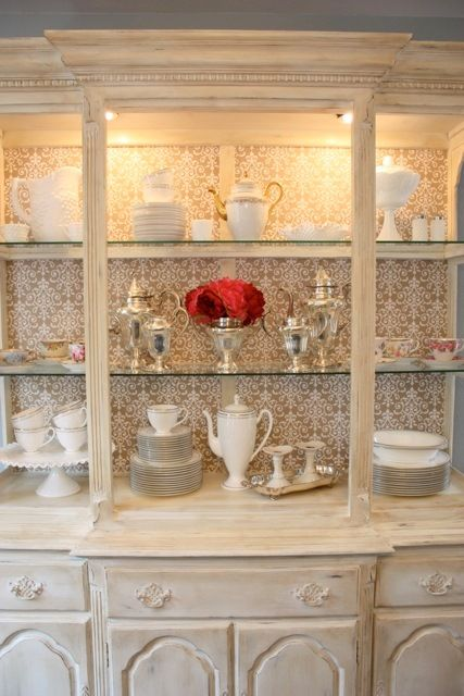 Love at Home: Annie Sloan Hutch Makeover