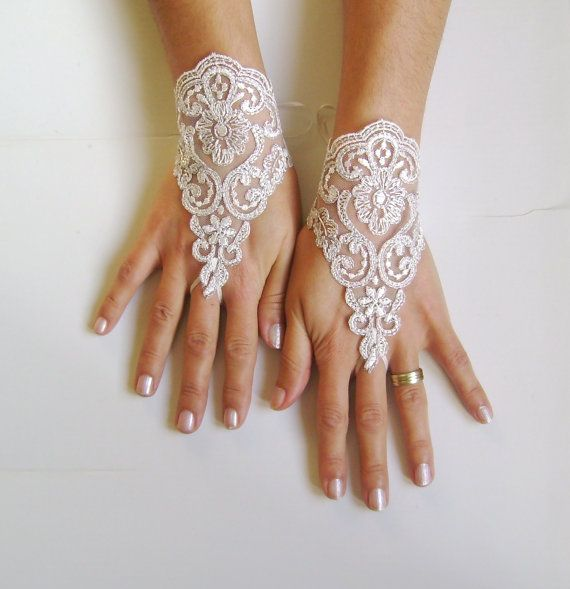 Very pale beige Wedding gloves bridal gloves  fingerless lace  gloves  free ship