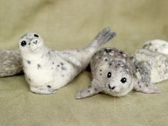 Needle felted Harbor Seal poseable felted animal by Ainigmati, $120.00 #feltanimalsdiy