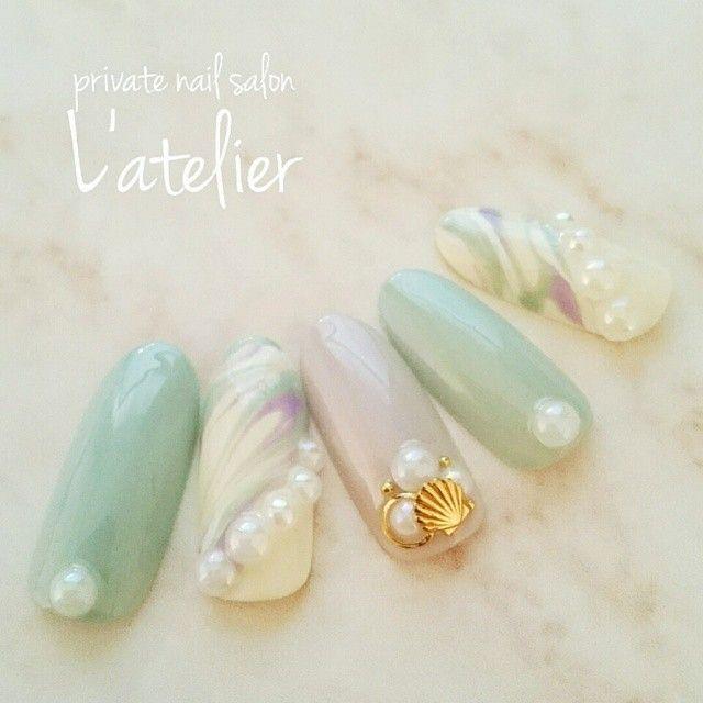 爽やかミントで夏を伝えて♡「ミントグリーン」カラーのネイルがあなたの指先を涼しげに見せる* | ガールズまとめ
