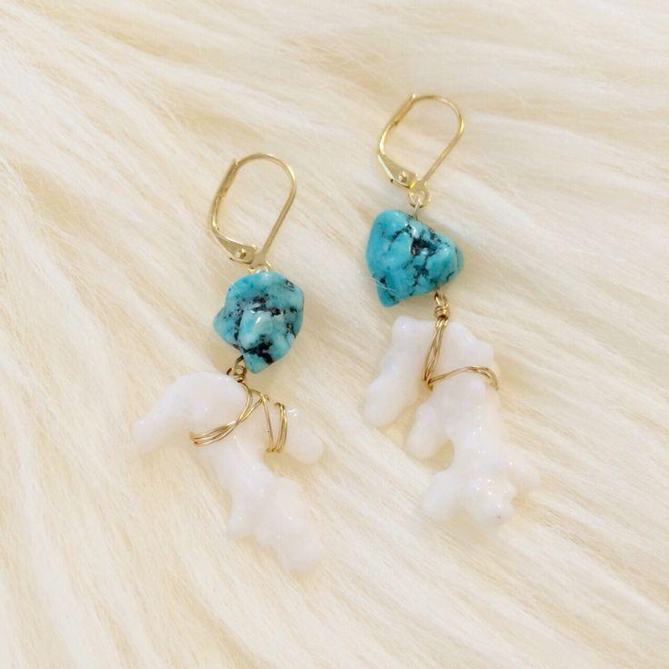 珊瑚とターコイズのピアス  http://amamhandmade.buyshop.jp coral turquoise earrings