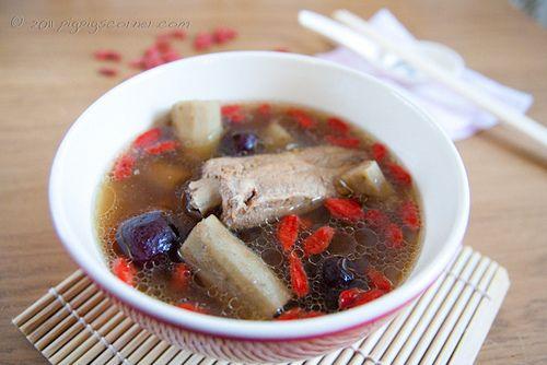 Burdock Soup 牛蒡汤 2 by pigpigscorner, via Flickr