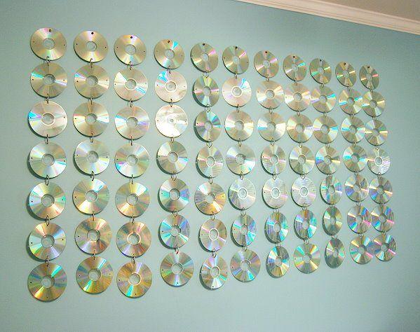 Teen Room CD Hanging - CreativeMeInspiredYou.com