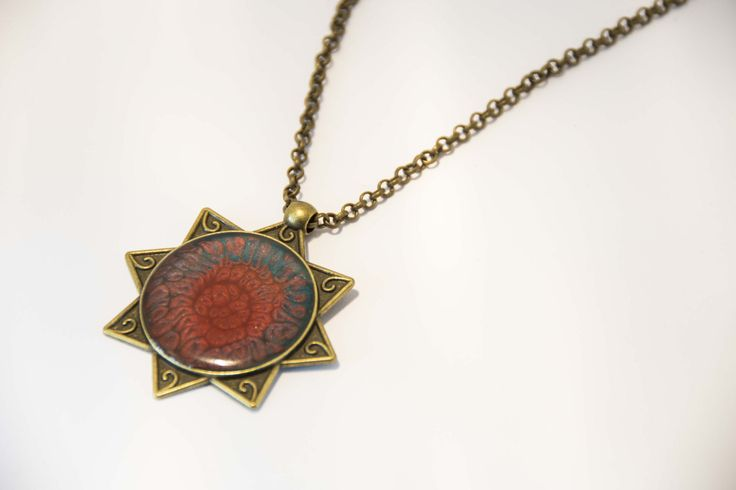Collana vintage con ciondolo resina dipinto fantasia di NinettaBijoux su Etsy