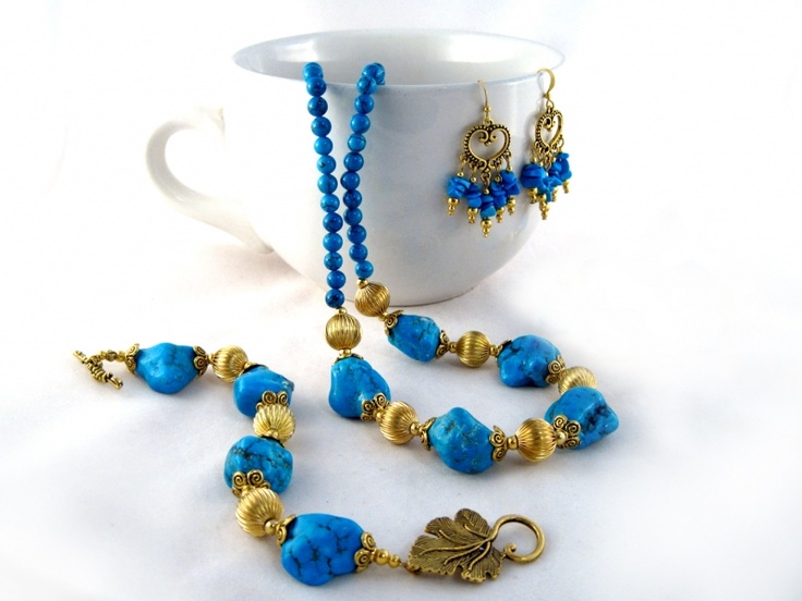 Egyptian Queen Set $46.00 Ladies beaded necklace, bracelet and earrings set. Howlite, and gold plated Tibet silver on tiger's tail wire, and gold plated wire.