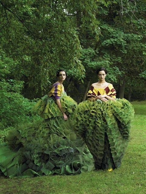 """Garden of Delights"" Vogue US Decembre Issue (2006) Photo by Steven Meisel Models: Caroline Trentini and Gemma Ward"