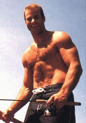 Eric Lindros....I'd like to eat breakfast off those abs...