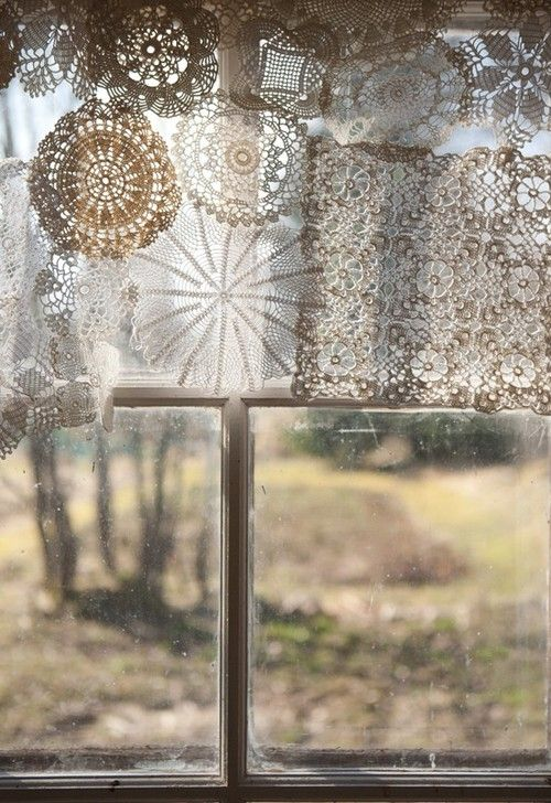 :: sunlightIdeas, Kitchens Windows, Windows Covers, Doilies, Windows Dresses, Vintage Lace, Lace Curtains, Windows Treatments, New Years