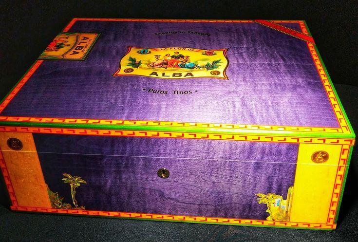 Le Veil Pyramid Humidor Blue New Ebay Humidor Pyramids Humidors