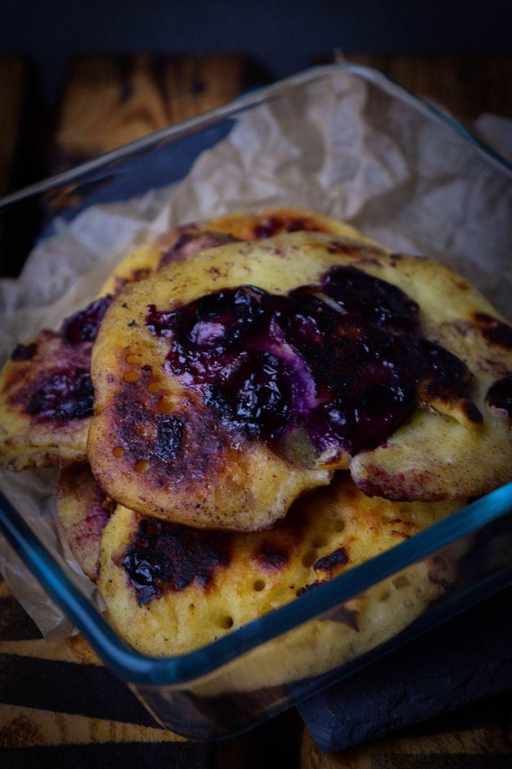 Frühstücken wie in den USA  - Blaubeer Pancakes mit Buttermilch und Ahornsirup