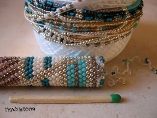 Great tutorial on bead crochet. Love how she uses 18 beads for a round and how she finishes her piece.