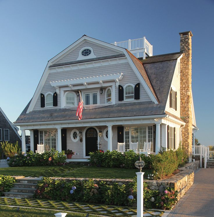 Best 25 cape cod exterior ideas only on pinterest cape for Cape cod beach homes