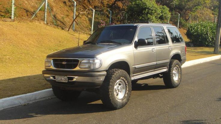 Ford Explorer Lifted 2nd Gen ford explorers Pinterest
