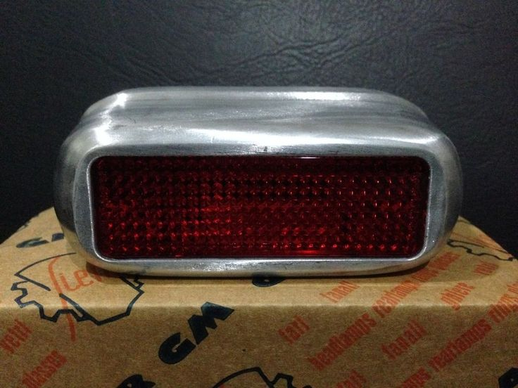 REAR LIGHT ORIGINAL SIEM VESPA ALLSTATE V32T V33T DOUGLAS ACMA HOFFMANN ETC