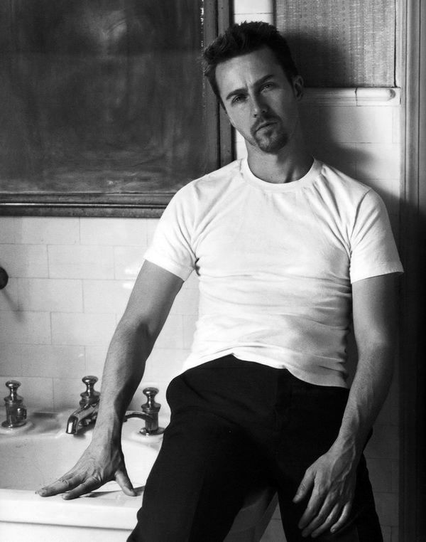 Edward Norton, actor, photography, black and white, portrait, portræt, sink, moody, famous, character, celeb