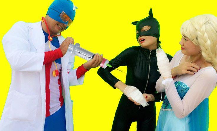 Frozen Elsa Crying Catwomen cut hand Spierman vs Captain Doctor Superheo...