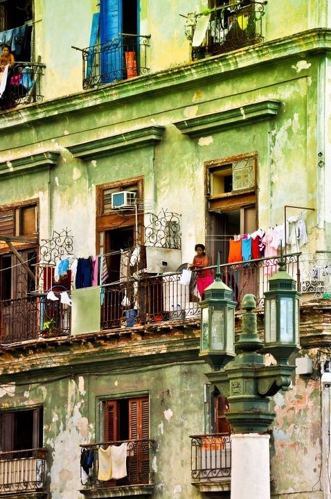 colours of Cuba http://www.pinterest.com/pin/294282156874834759/