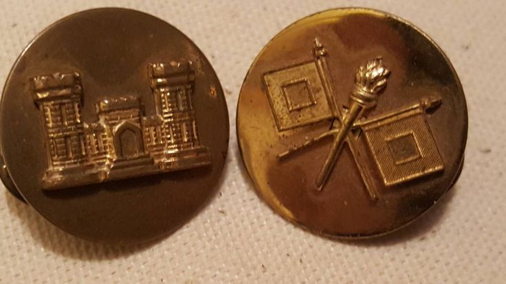 Excited to share the latest addition to my #etsy shop: 2 Pcs. Military Insignias / Signal Corps / Engineers / Collar Pinbacks L@@K! #vintage #collectibles #militarypin #brass #signalcorps #engineers #pinbacks #metal #etageinc http://etsy.me/2GEX4m1