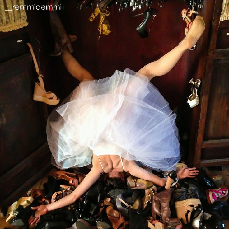 A arte da queda , uma divertida série de fotografias de Sandro Giordano