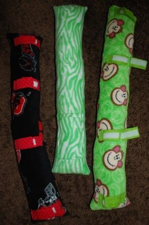 Seat Belt (Travel) Pillow - I could make this....