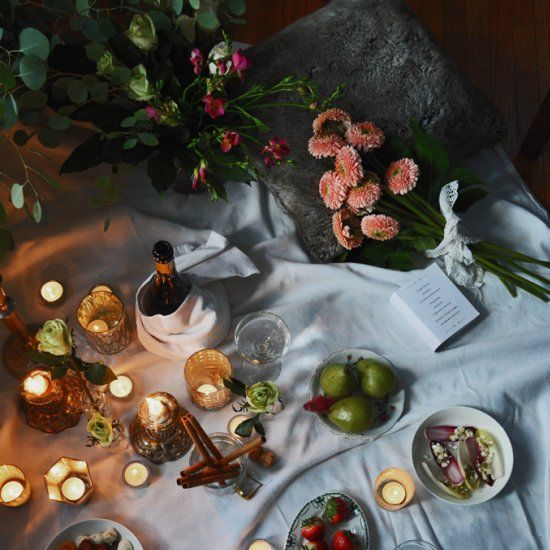 How To Set Up A Romantic Indoor Picnic.