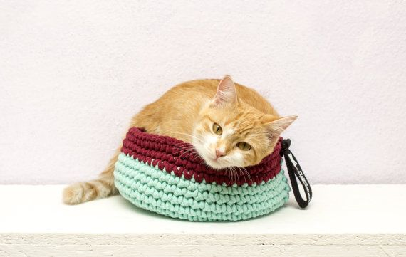 Custom cat bed  recycled cotton string cat by FoxyTricksforCats
