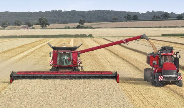 Case to show world's largest combine header at LAMMA - Farming UK News