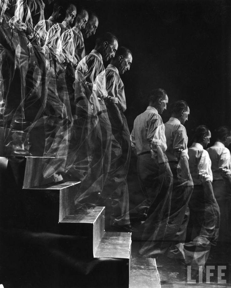 Marcel Duchamp descending a staircase by Eliot Elisofon (New York: 1952). Life imitating art.