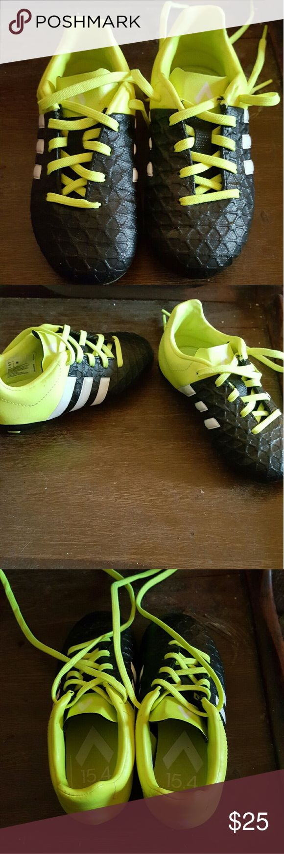 Toddler adidas soccer cleats These cleats are brand new my son only worn them 2 times. Price negotiable! adidas Shoes