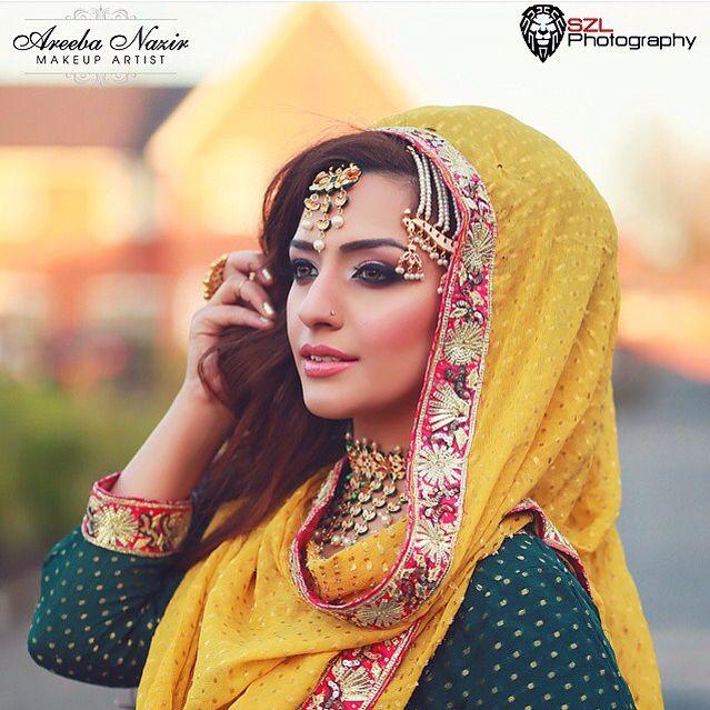 Model: Halima Matlub Mua: Areeba Nazir Photographer: SZL photography #bridal #asianbridal #mendhi #mehndi #asianattire #mehndiclothes #mendhiclothes #jewellery #colourful #makeup #hair #makeup #hairandmakeup #beauty #wedding #asianwedding #me #modelling #shoot #photoshoot #photography #HalimaMatlub