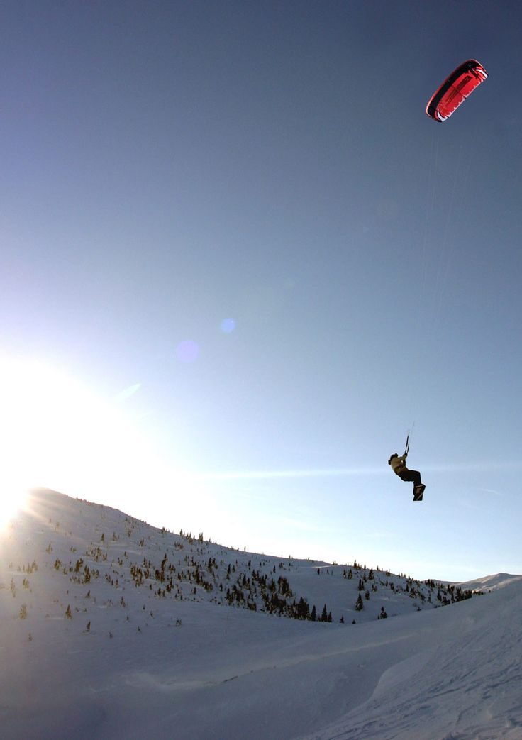snow kiting     the rikrak studio: kite boarding / snow kiting = wow!
