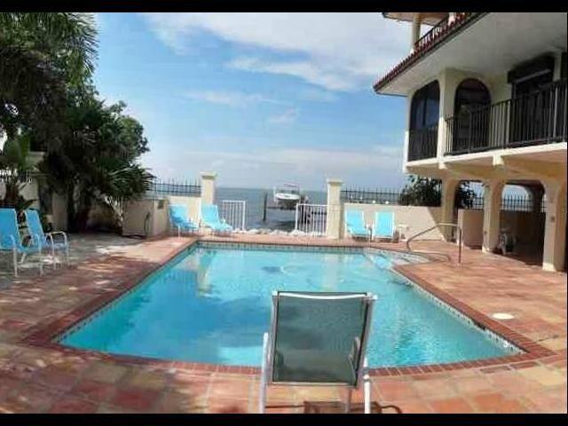 7942 Gulfsteam Blvd Florida Keys Real Estate Real Estate Companies Formal Dining Room