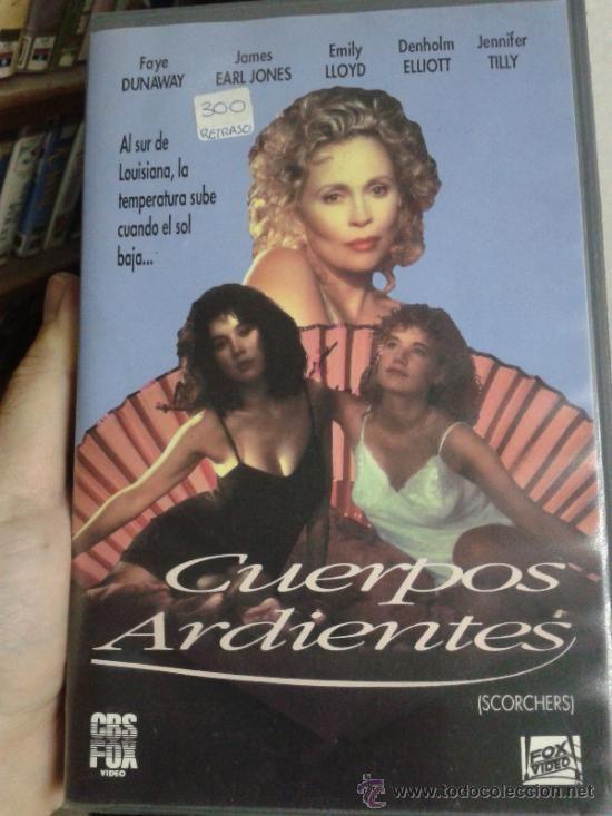 """CUERPOS ARDIENTES"" (SCORCHERS, 1991), PAL VHS, ""CBS/FOX VIDEO"", Spanje, ""Spain EU"", ""Spaanse keuken"", ""Spanish cuisine"", paella, ""Brexit EU"", ""French chic"", ""Rush Week"" (1989), ""erotic art"", ""indie girl"", ""mort Gainsbourg"", ""Winona Ryder heathers"", ""Charlotte Flax"", ""Fairuza Balk"", ""Asia Argento"", grunge, ""rood haar"", Athene, Griekenland, Praag, Tsjechië, Czechia, Erasmus-programma, Grufti, gothique, tomboys, ""goth boots"", ""gothic rock"", bohemien, arthouse, feminismus, ""heroin chic"" & NSFW"