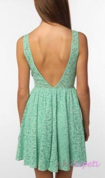 2013 Sırtı Bele Kadar Açık Su Yeşili Dantel Abiye Elbise Modeli