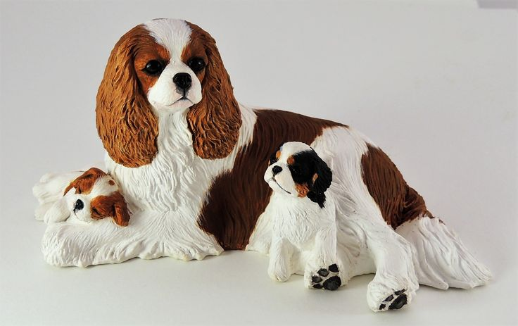 Cavalier King Charles Spaniel & Pups Blenheim- Dog Figurines
