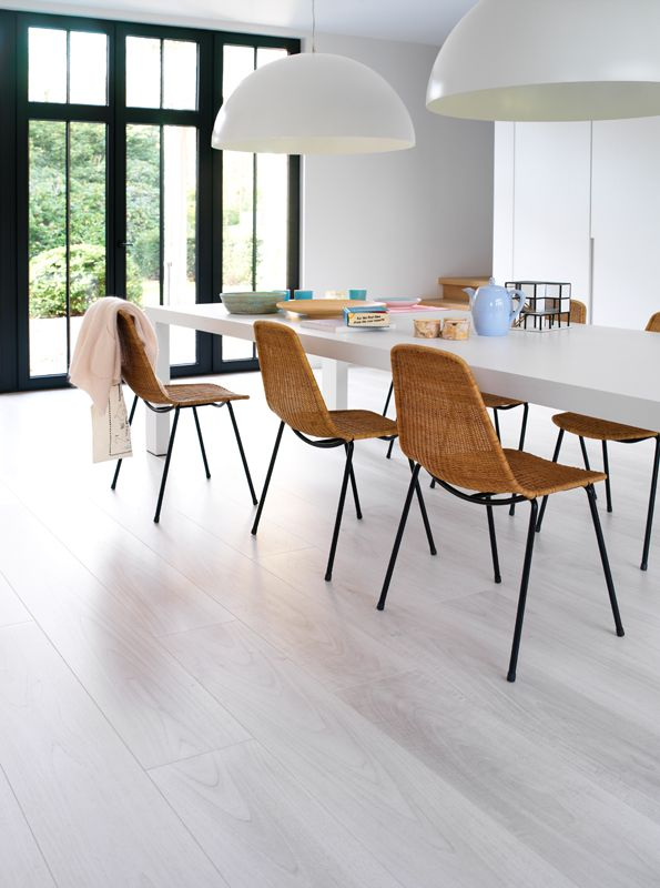 Modern dining room ft. BerryAlloc Elegance Arctic Walnut laminate floor