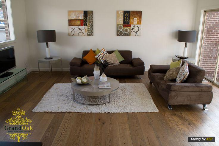 Grand Oak Timber Flooring: Canyon Oak Living Room
