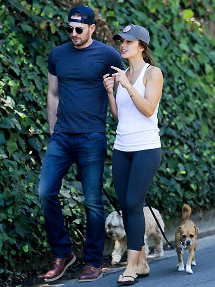 Back On? Chris Evans and Minka Kelly Go for a Friendly Walk Over Labor Day Weekend http://www.people.com/article/chris-evans-minka-kelly-rekindling-romance