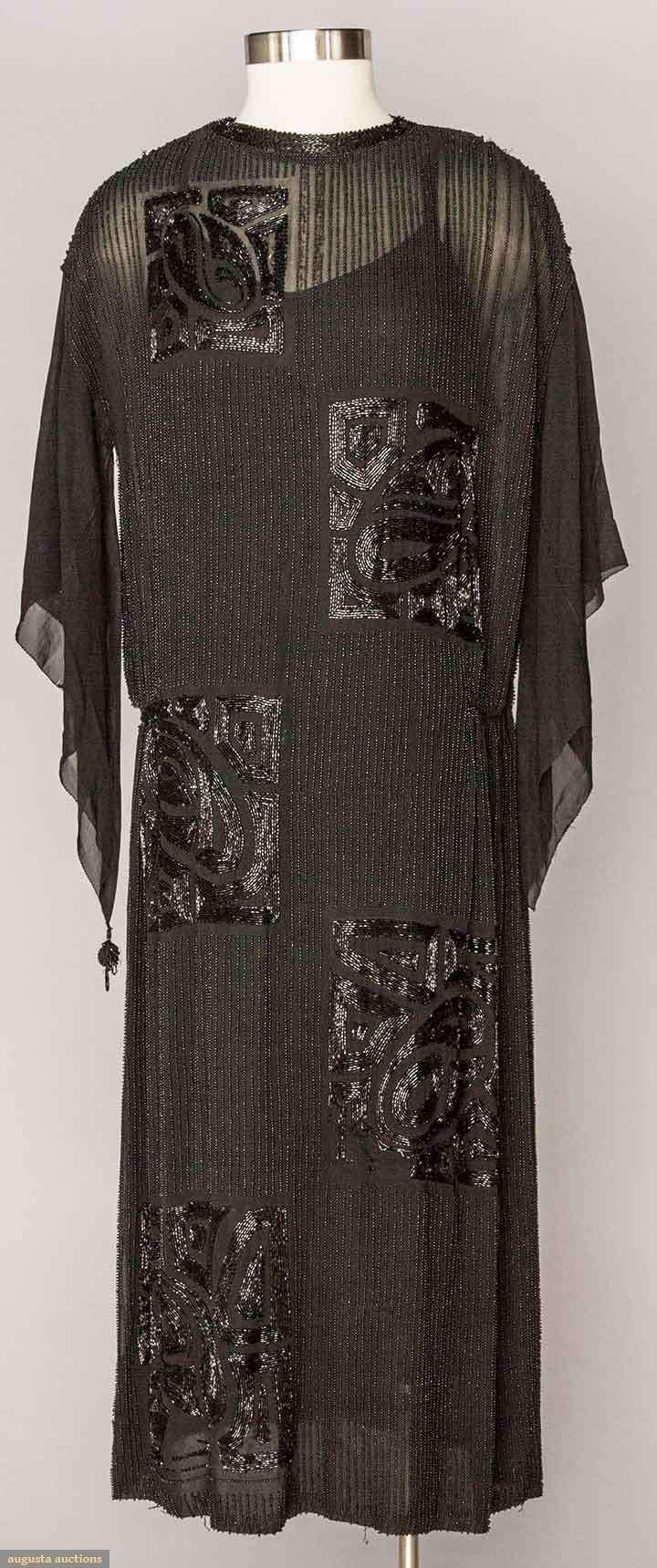 BEADED BLACK FLAPPER DRESS 1920s                                                                                                                                                     More