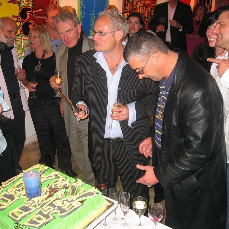 #chopper and Tristan cutting the cake #Art #Wine #Australia #Underbelly #Celebriwines